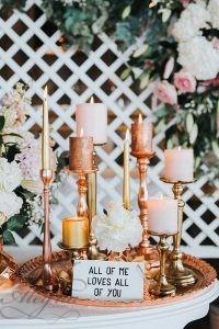 2019-wedding-trends-from-pinterest-metallic-golden-candlesticks-vicky-baumann