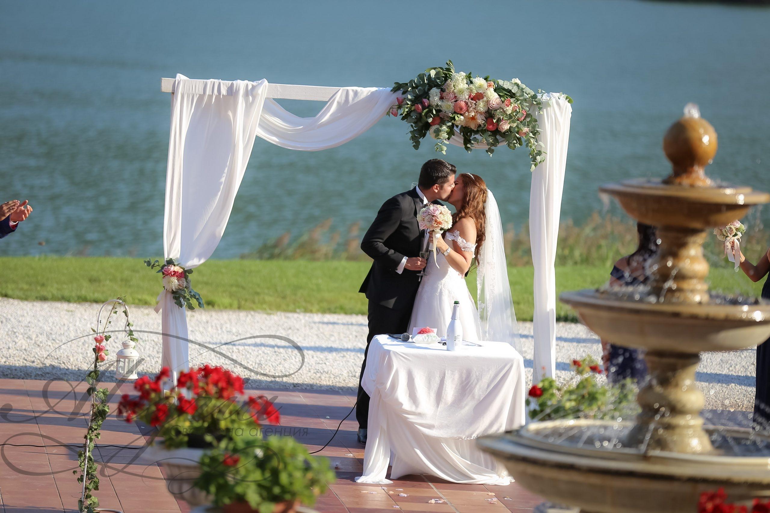 Сватба в хотел Риу Правец